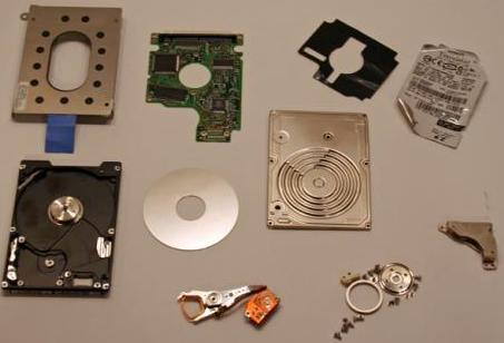 the-disassembled-laptop-drive